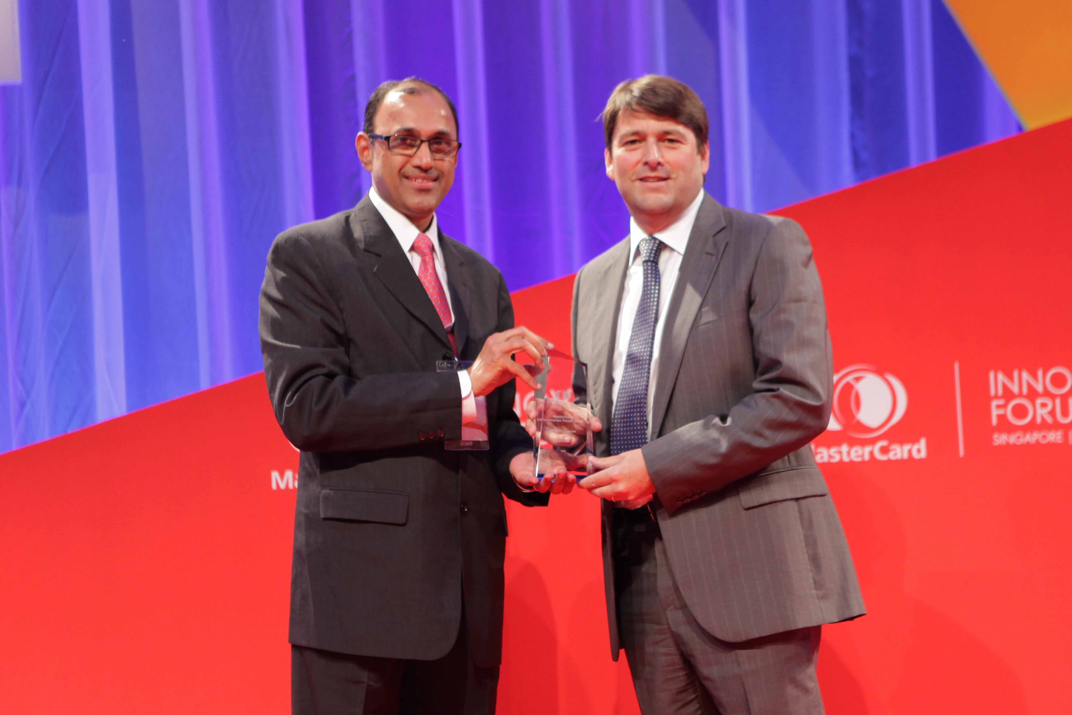 RAKBANK Titanium Recognized as Best SME Credit Card by MasterCard